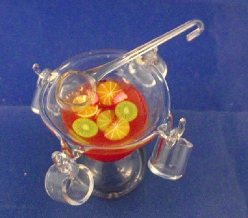 Glass punch bowl with 4 glass cups